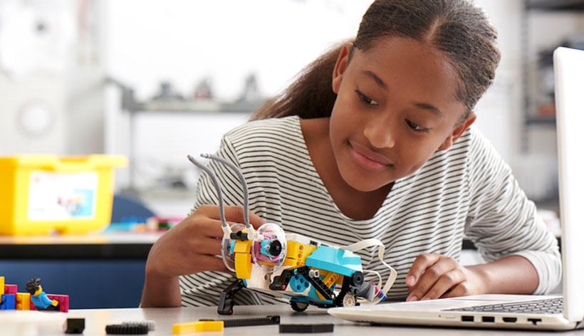 LEGO anuncia un programa de aprendizaje práctico y lúdico para educadores